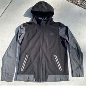 The north face men's large athletic fit jacket